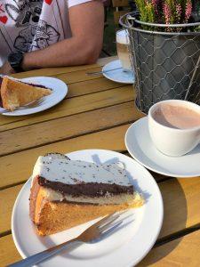 Leckerer Kuchen im Kutschercafe in Boek